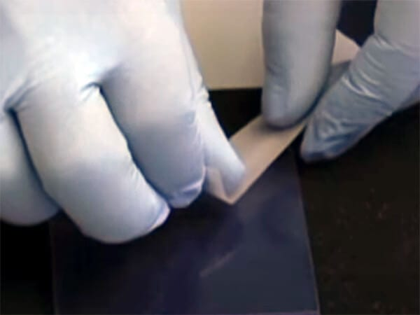 Adhesive Tape removes film of acrylic