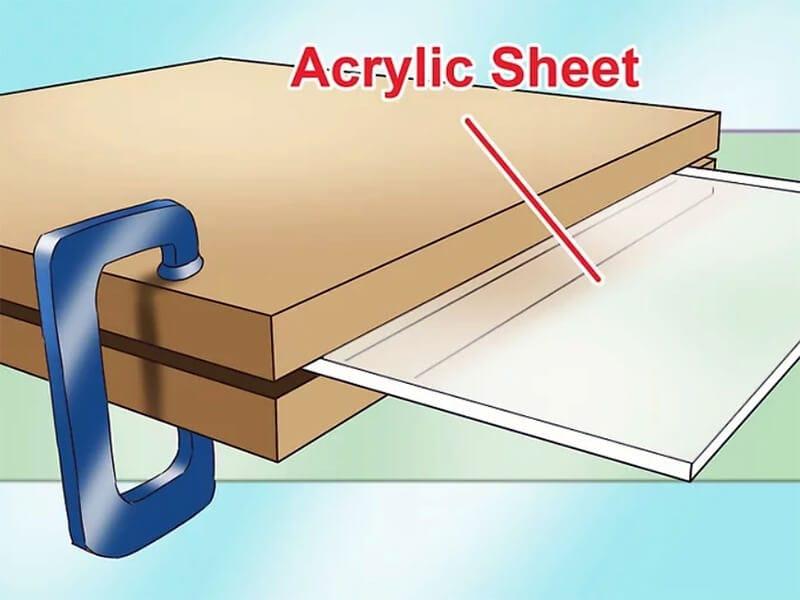 Clamp acrylic sheet